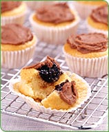 Photo of Chocolate-filled mini vanilla cupcakes by WW