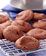 Photo of Chocolate meringue cookies by WW