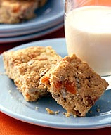 Photo of Oat and apricot breakfast bars by WW