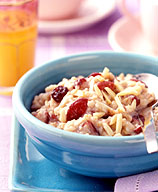 Photo of Cranberry-almond oatmeal by WW