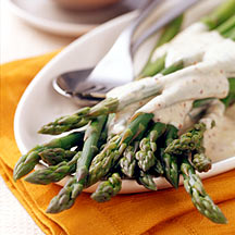 Photo of Asparagus with shallot-mustard cream by WW