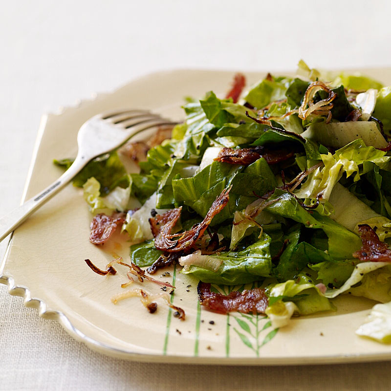 Photo of Escarole and turkey bacon salad with warm vinaigrette by WW