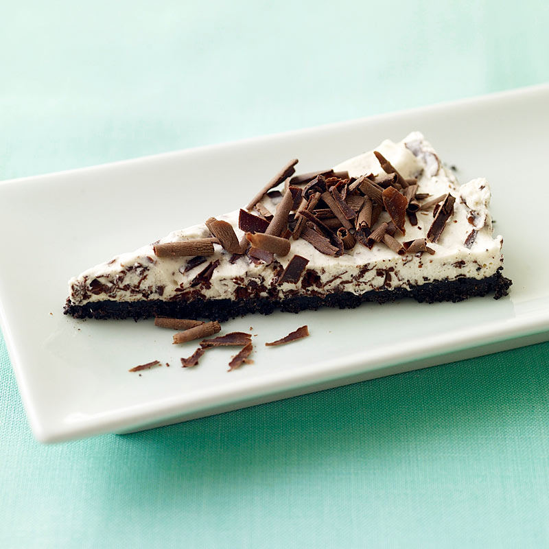 Photo of Whipped cream chocolate pie by WW