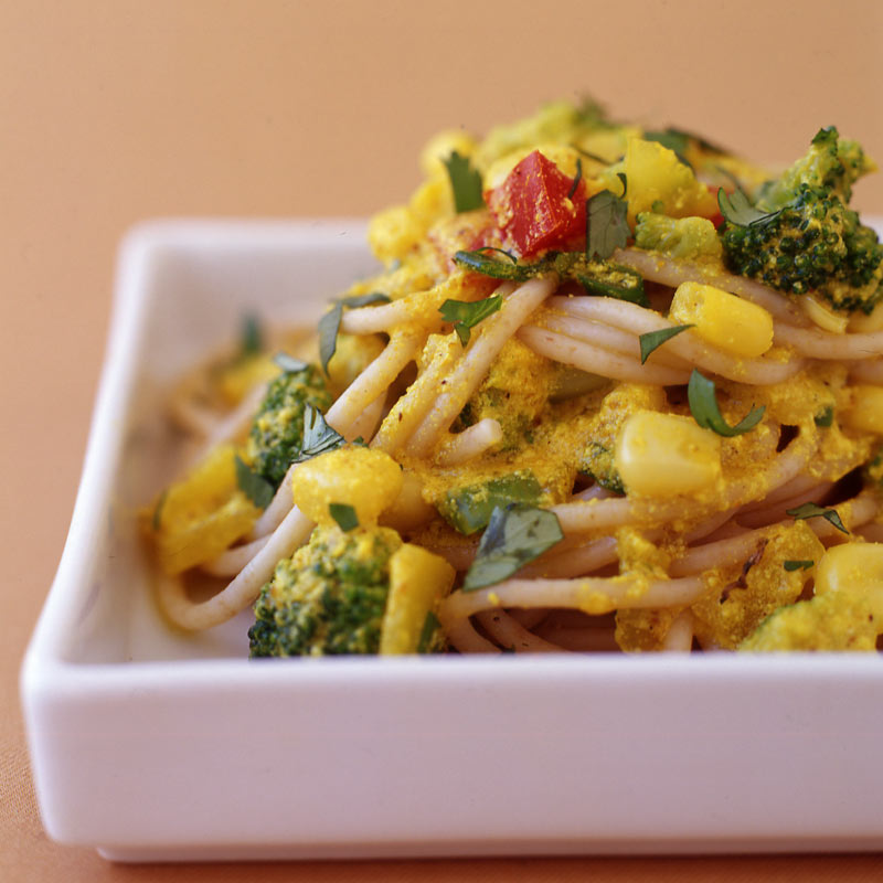 Photo of Creamy curry pasta primavera by WW