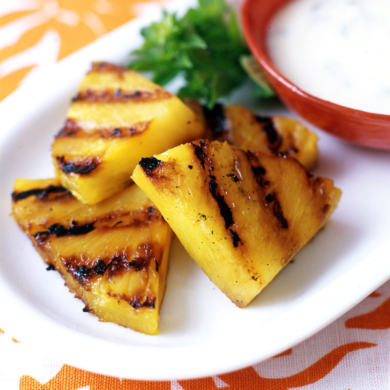 Photo of Grilled pineapple with basil and ginger cream sauce by WW
