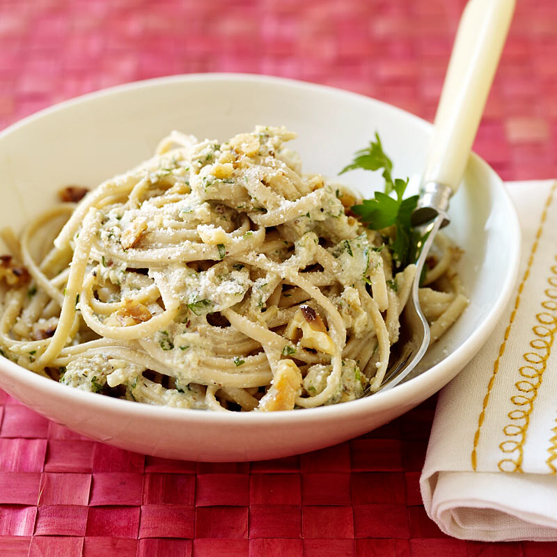 Photo of Pasta with creamy walnut sauce by WW