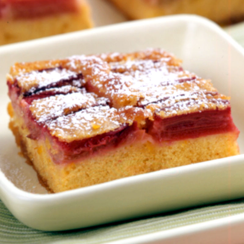 Photo of Rhubarb upside-down cake by WW