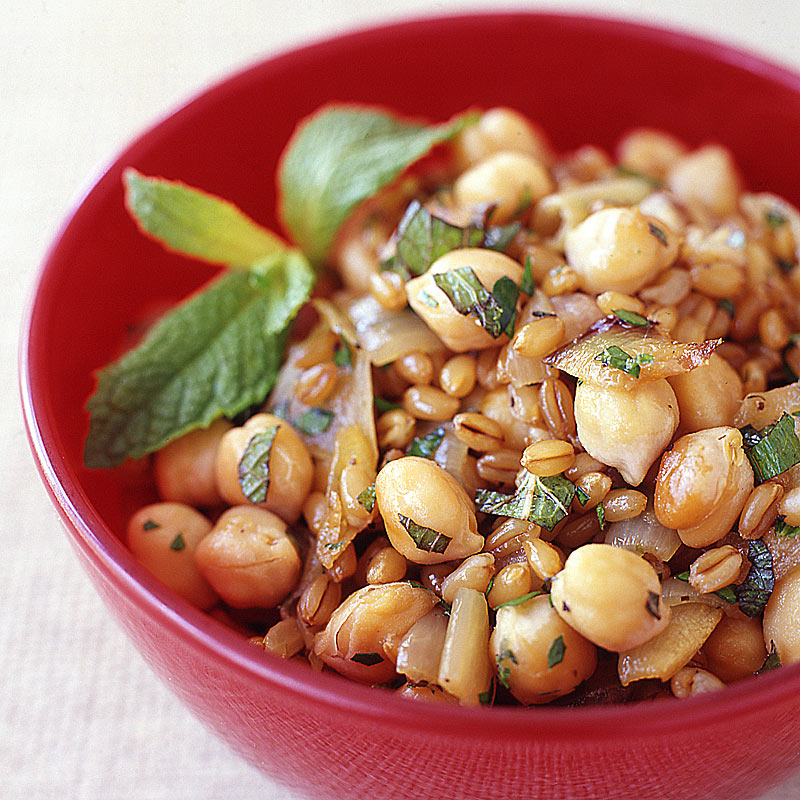 Photo of Roasted onion, chickpea, and wheat berry salad by WW