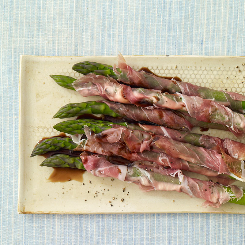 Prosciutto wrapped asparagus recipes ww america prosciutto wrapped asparagus forumfinder