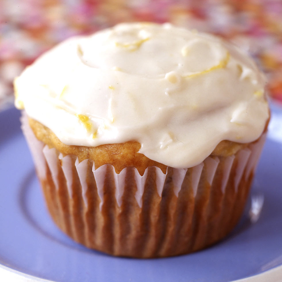 Photo of Banana muffins with tart lemon icing by WW