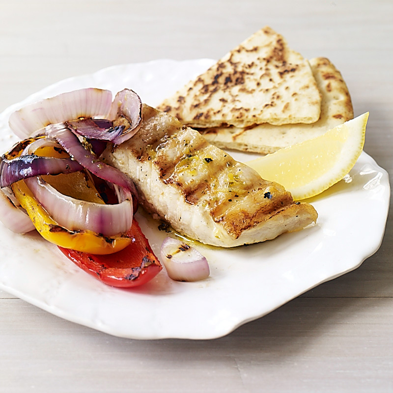 Photo of Halibut, peppers, and onions with lemon and oregano by WW