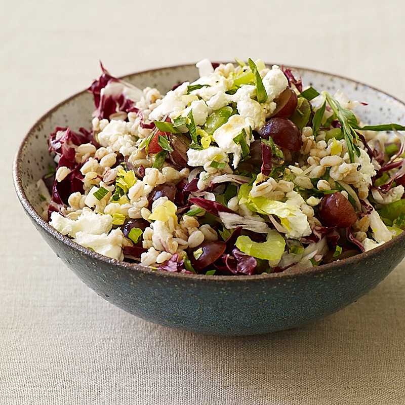 Photo of Farro salad with grapes, goat cheese and tarragon vinaigrette by WW