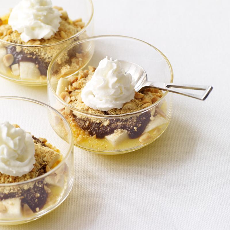 Photo of Chocolate and vanilla banana cream parfaits by WW