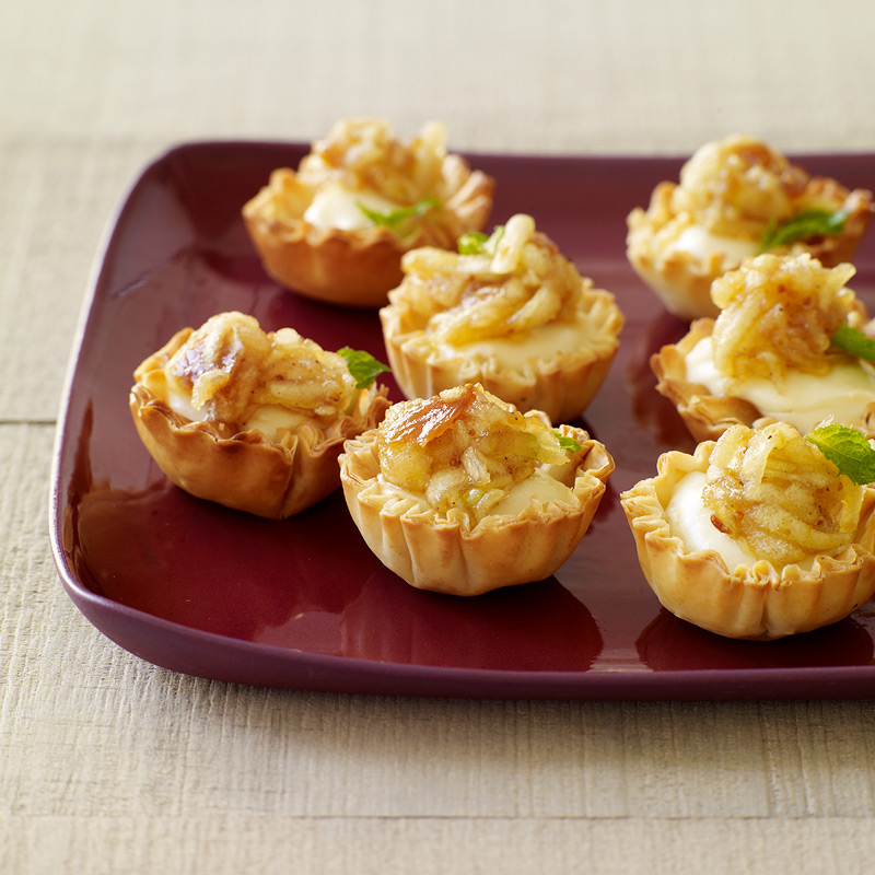 Photo of Goat cheese tartlets with spiced apple-fig compote by WW