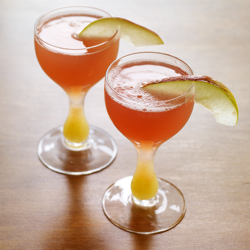 Photo of Pear-cranberry sparkling punch by WW