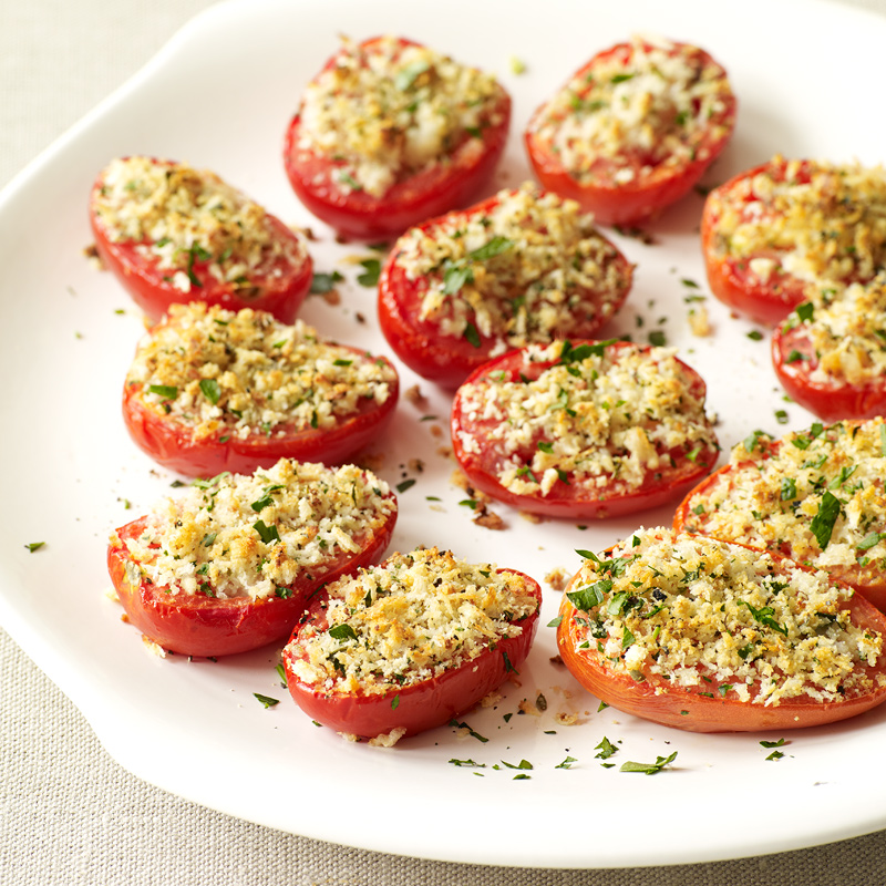 Photo of Roasted tomatoes with parmesan-oregano breadcrumbs by WW