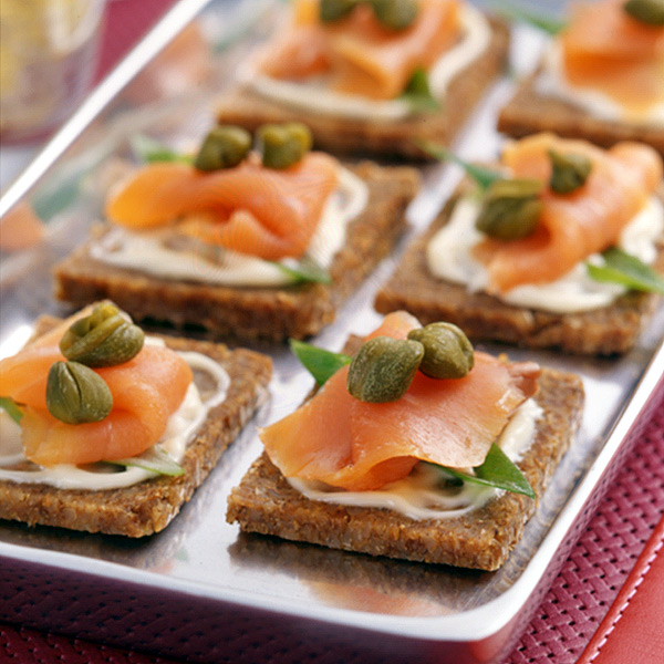 Smoked salmon canapes recipe weight watchers for Smoked salmon canape