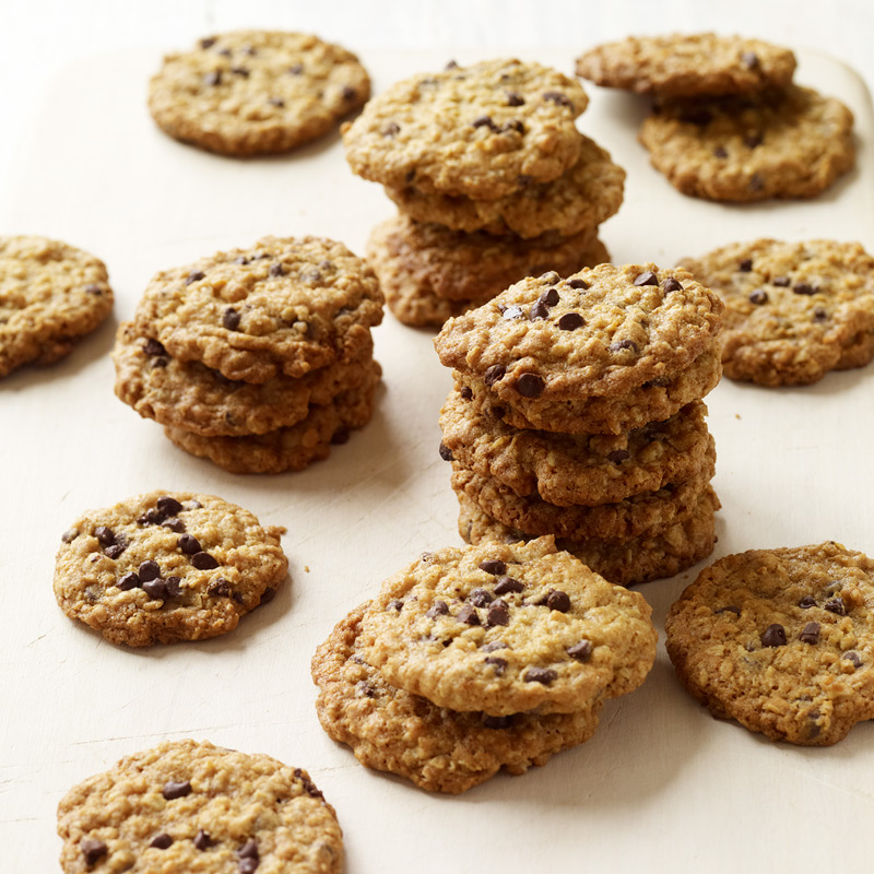 Crispy Oatmeal Chocolate Chip Cookies Recipes Ww Usa