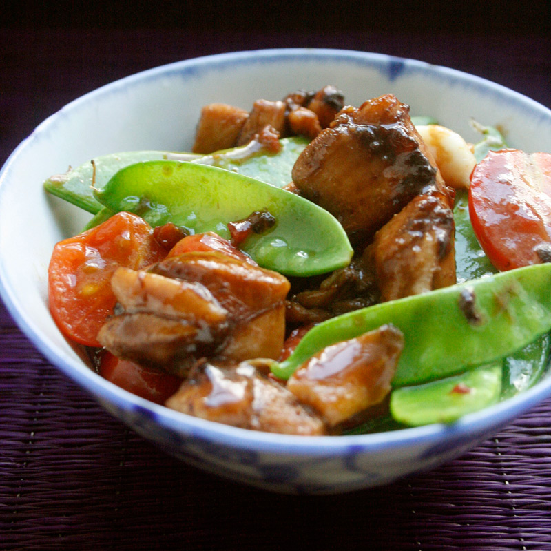 Photo of Spicy Stir-Fried Chicken with Snow Peas and Tomatoes by WW