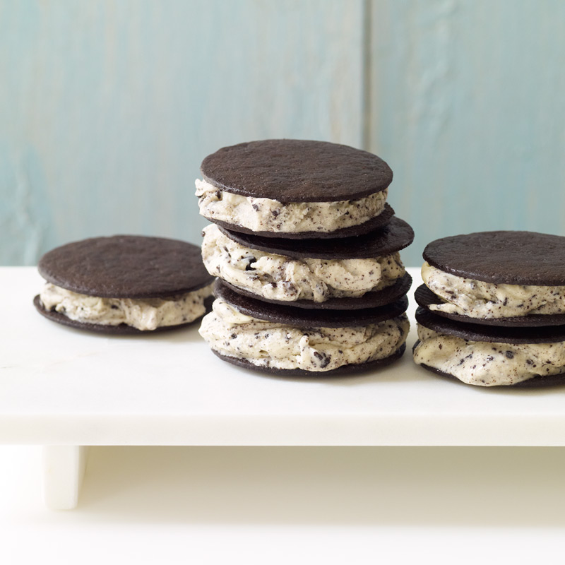 Photo of Mini mint cookies-and-cream ice cream sandwiches by WW