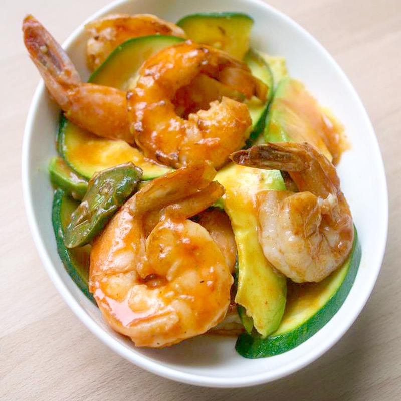 Photo of Jalapeño shrimp with zucchini and avocado by WW