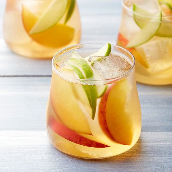 ... .com: Weight Watchers Recipe - White Wine and Peach Sangria