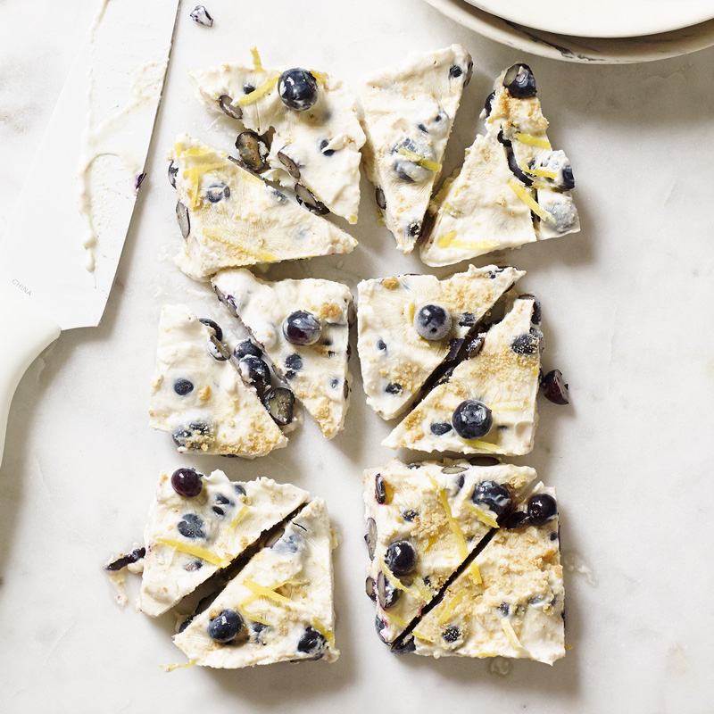 Photo of Blueberry Cheesecake-Yogurt Bark by WW
