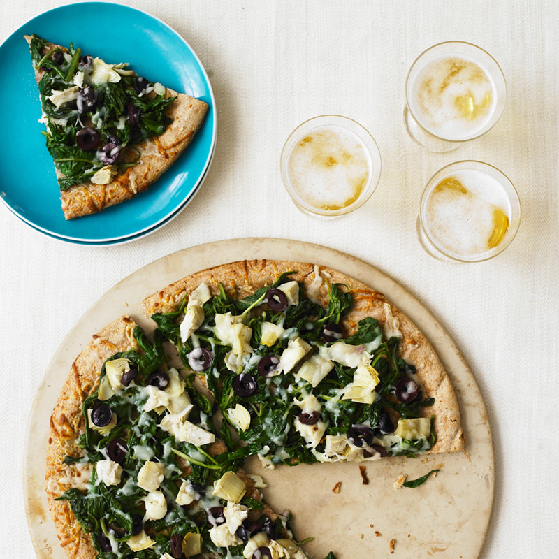 Photo of Garlicky spinach and fontina pizza by WW