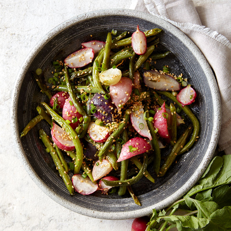 Photo of Roasted radishes and green beans with toasted sesame seeds by WW