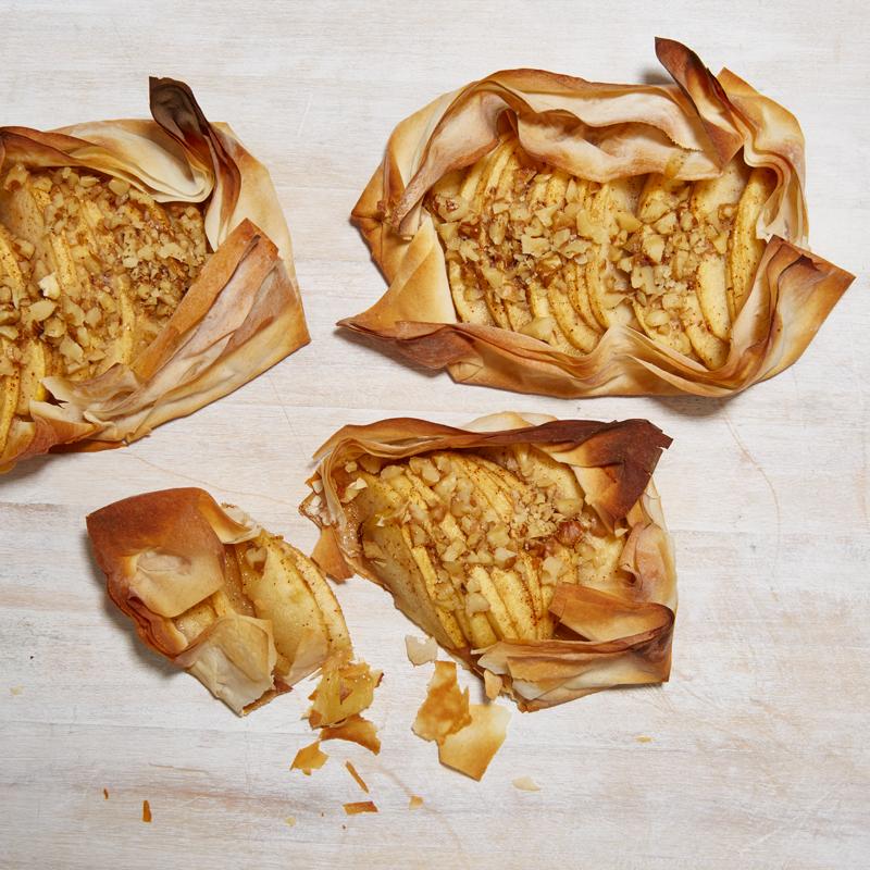 Photo of Mini apple pies by WW