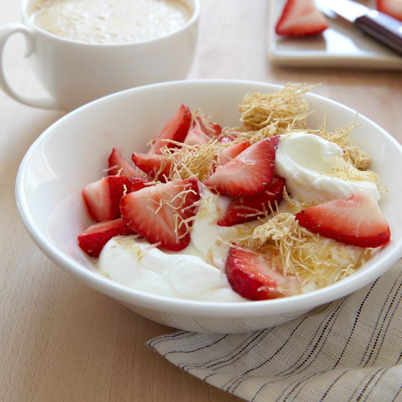 Photo of Yogurt, Fruit & Cereal Sundae by WW