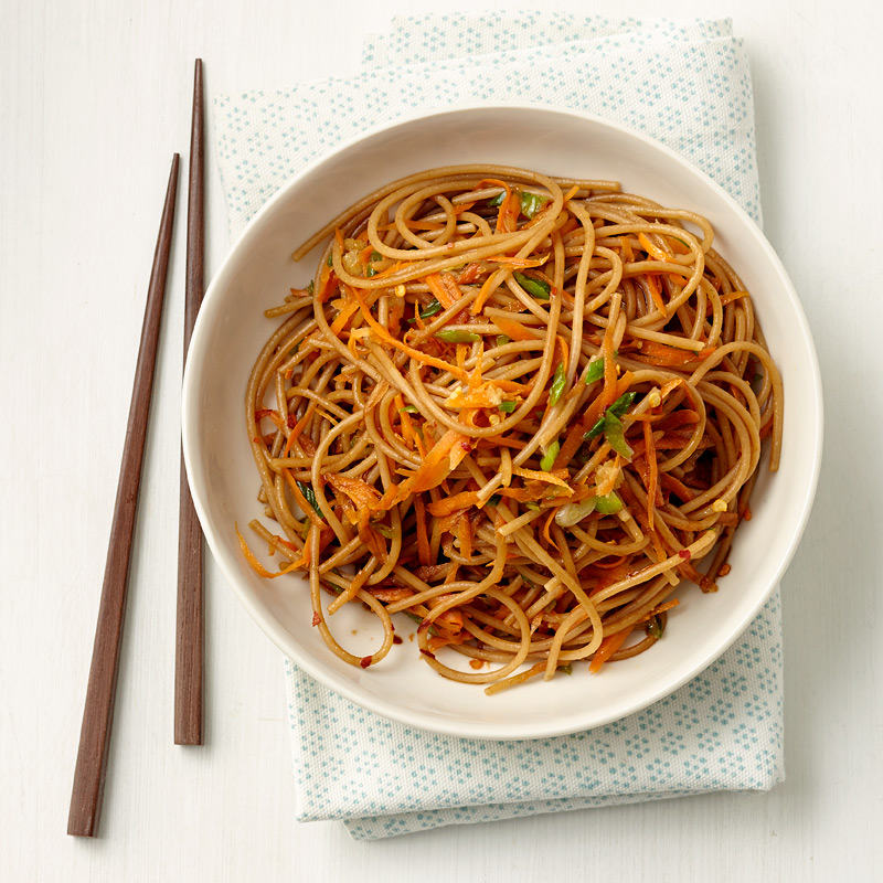 Photo of Easy Vegetable Lo Mein by WW