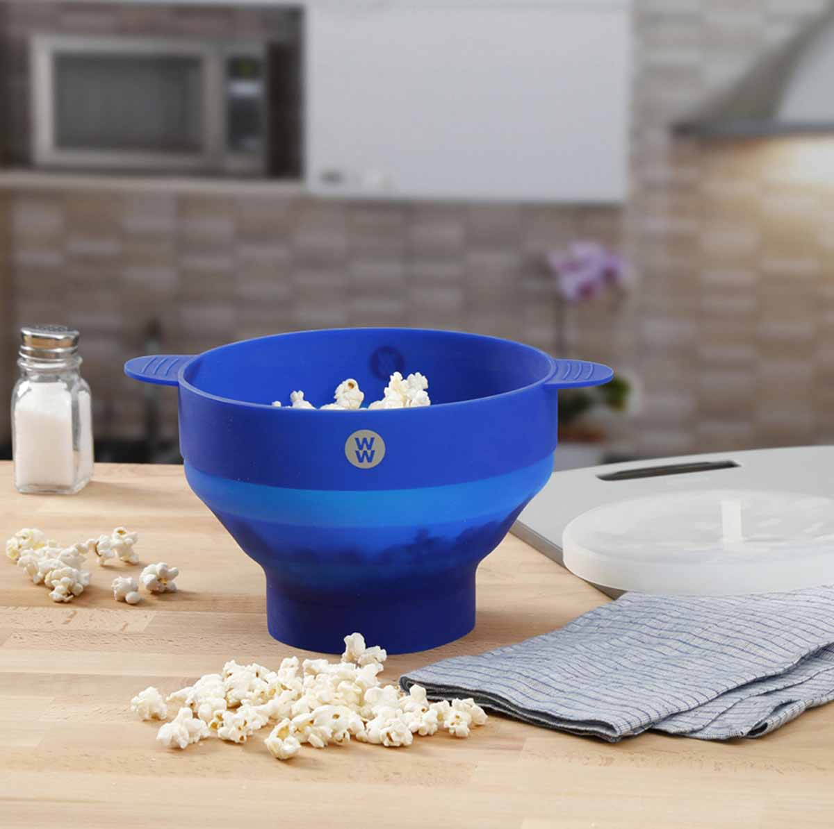 Silicone Microwave Popcorn Popper - alternate view